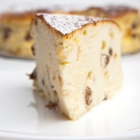 Polish Cheesecake with Raisins